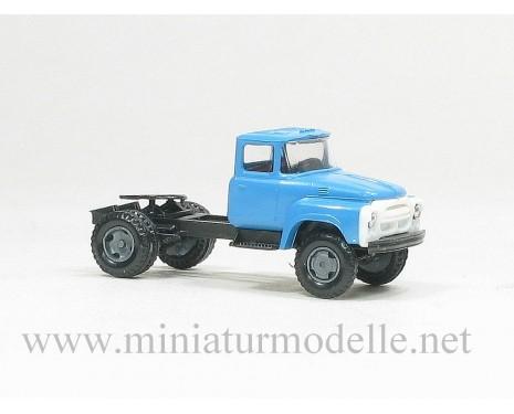 1:120 TT ZIL 130 Solozugmaschine, Zivil