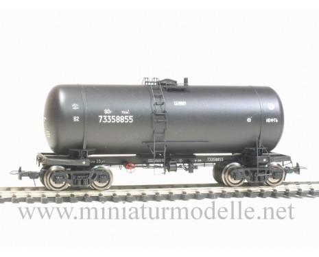 1:87 H0 Kesselwagen mod. 15-1566 zum Transport von Erdöl der CCCP, schwarz 4. Epoche