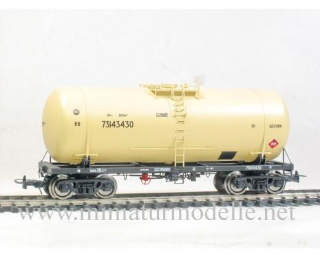 1:87 H0 Kesselwagen mod. 15-1547-2 zum Transport von Benzin der SZD, 4. Epoche, Kleinserie
