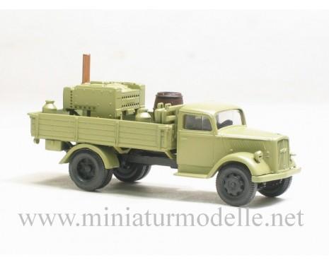 H0 1:87 Opel Blitz Pritsche- Feldkuche, beige Militär