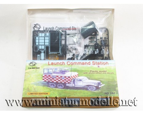 H0 1:87 ZIS 151 truck with launch command station, military, small batches model