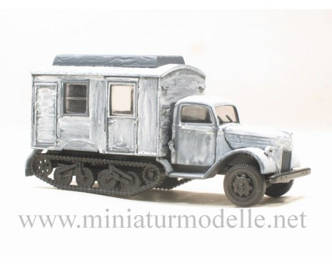 H0 1:87 Ford V 3000 Maultier transmitting station winter camouflage military