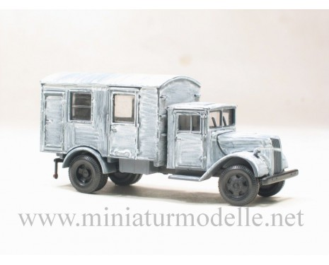 H0 1:87 Ford Holzkabine Koffer, Winter Tarnanstrich Militär