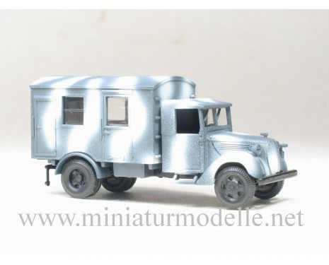 H0 1:87 Ford canvas cab 3t close side, winter camouflage military
