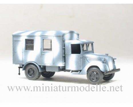 H0 1:87 Ford mit Planenverdeck 3t Koffer, Winter Tarnanstrich Militär