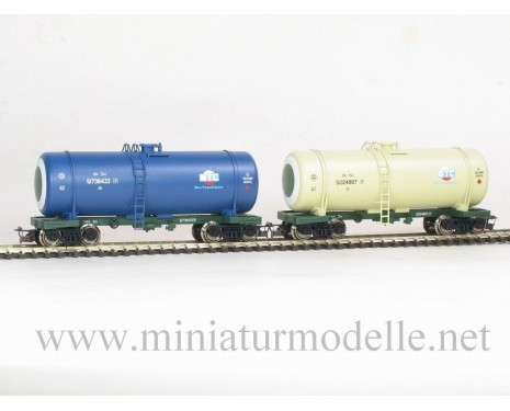 1:120 TT 3701 Kesselwagenset BTS zum Transport von Erdölprodukte der RZD mit verschiedene Aufschriften 5. Epoche
