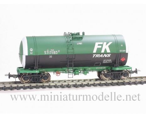 1:87 H0 Kesselwagen mod. 15-1443-2 zum Transport von Benzin FK Trans der RZD, 5. Epoche, Kleinserien