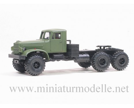 H0 1:87 KRAZ 255 B offroad tractor, military