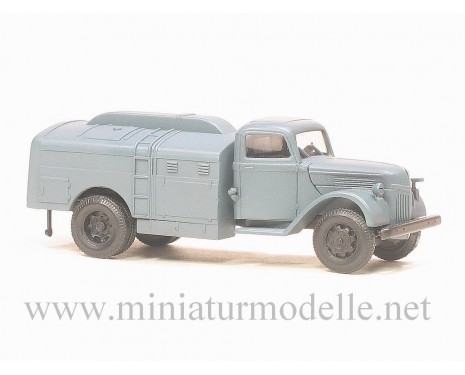 H0 1:87 Ford V 3000 fuel tank military