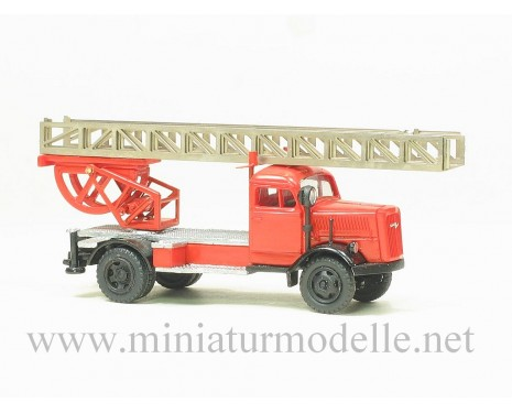 H0 1:87 Opel Blitz Drehleiter Feuerwehr FW, Kleinserien