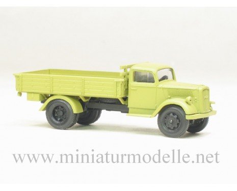 H0 1:87 Opel Blitz open side military beige