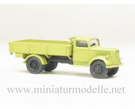 H0 1:87 Opel Blitz Pritsche Militär, beige