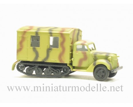 H0 1:87 Ford V 3000 Maultier closed side camouflage military