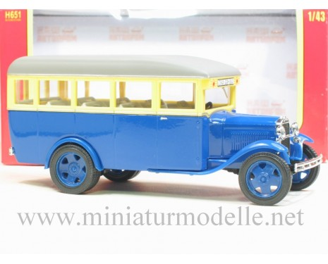 1:43 GAZ 03-30 Bus blue, civil