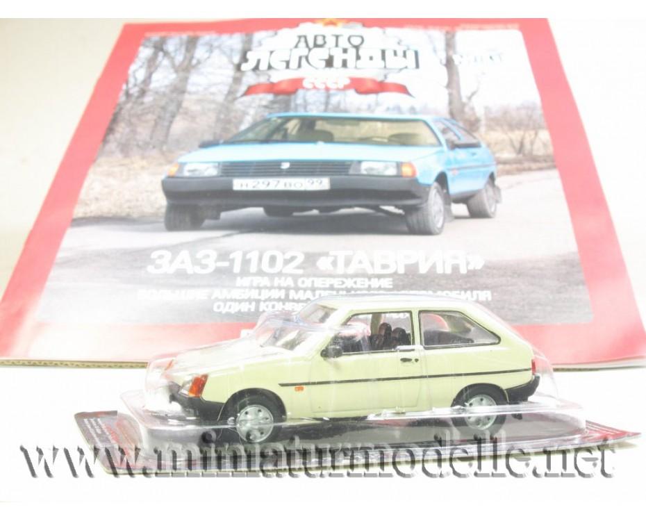 1:43 ZAZ 1102 Tavria mit Zeitschrift #56