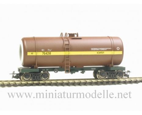 1:120 TT 3724 Tank wagon for xylolite of the SZD livery, era 4