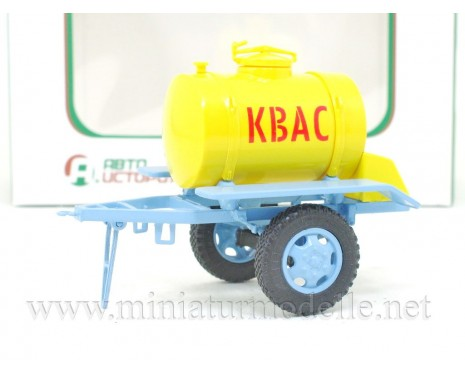 1:43 ACPT 09 Kvass supply trailer