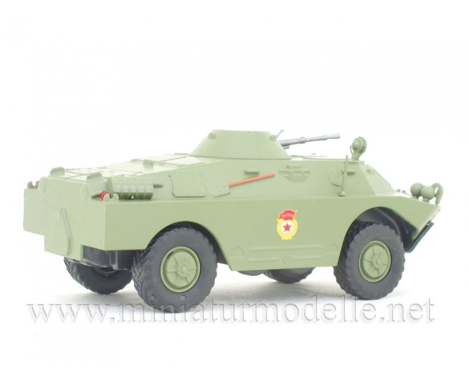 1:43 SPW-40P2 Schützenpanzerwagen mit Zeitschrift #232