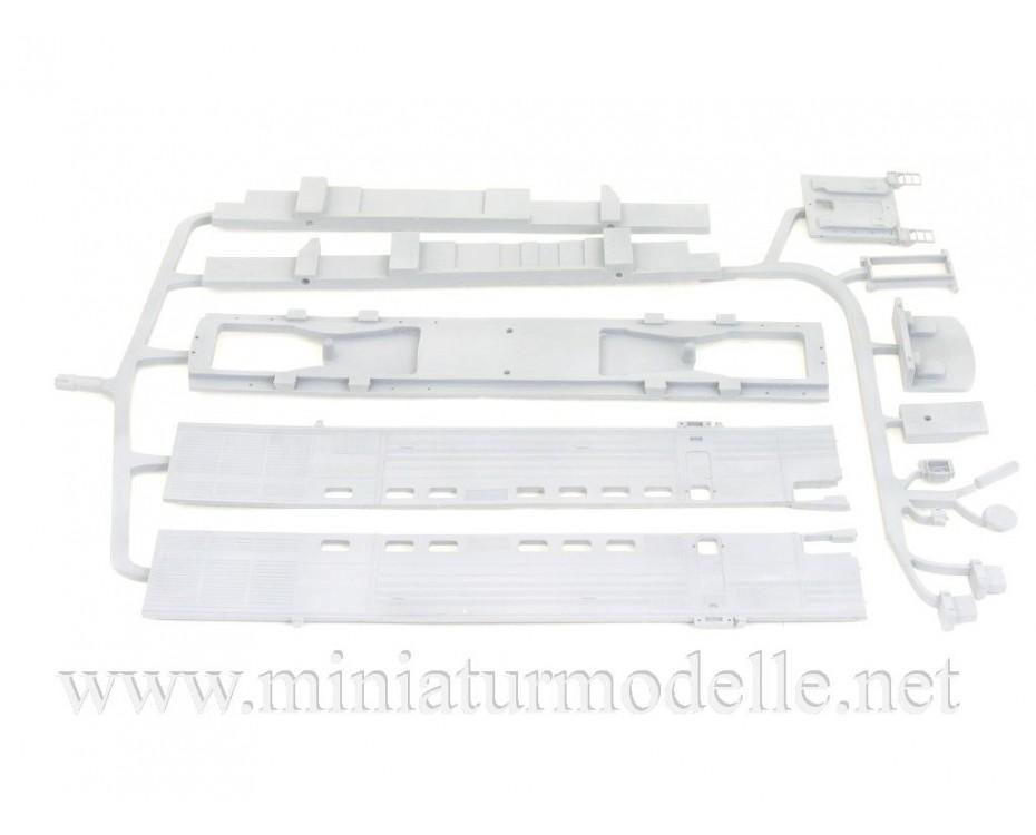 1:87 H0 Twin-unit diesel locomotive class 2TE10M dummy kit, SZD, 4-5 era, small batches model