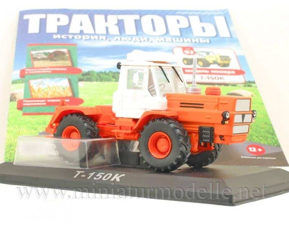 1:43 T 150 K Traktor mit Zeitschrift #92