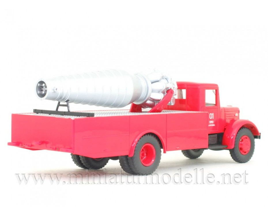 1:43 MAZ 200 mit Jet-Triebwerk AGVT, FW Feuerwehr