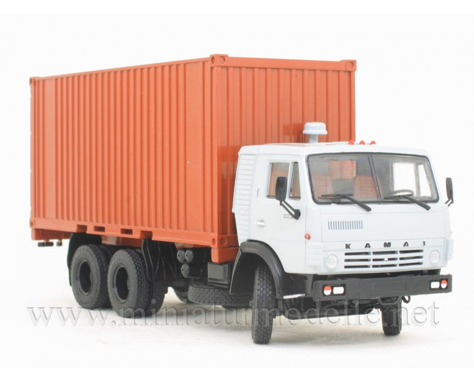 1:43 KAMAZ 53212 with container