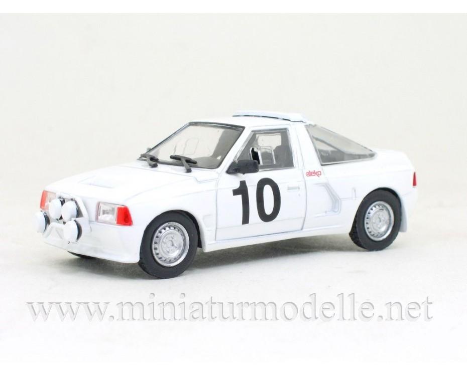 1:43 Moskwitsch 141 KR Rallye mit Zeitschrift #242
