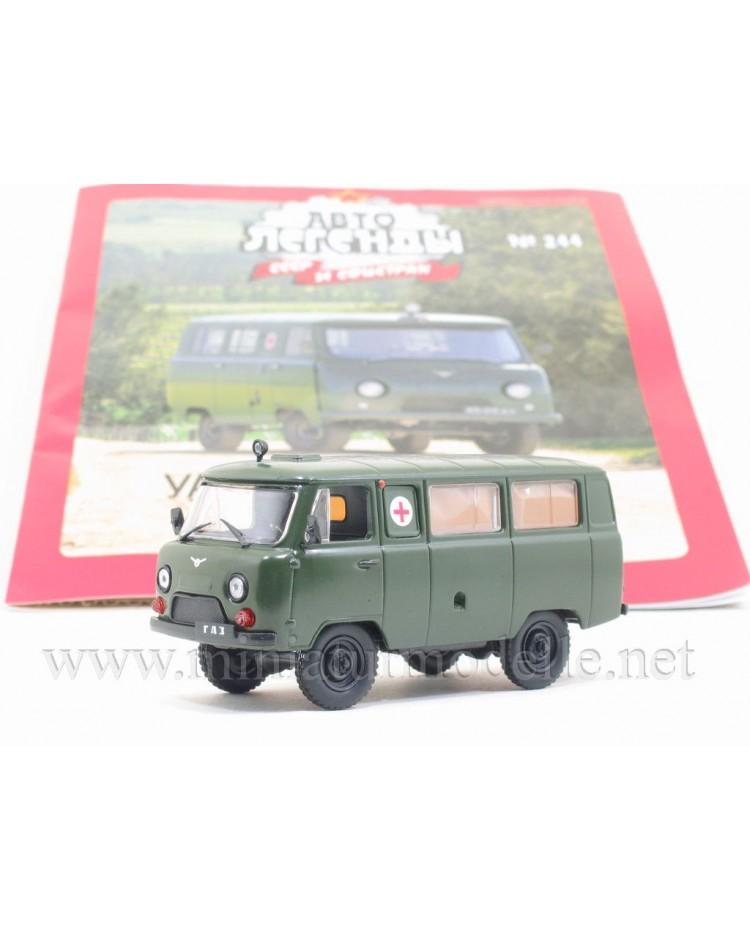 1:43 UAZ 452 A / UAZ 3962 Sanitäts Bus Militär mit Zeitschrift #244