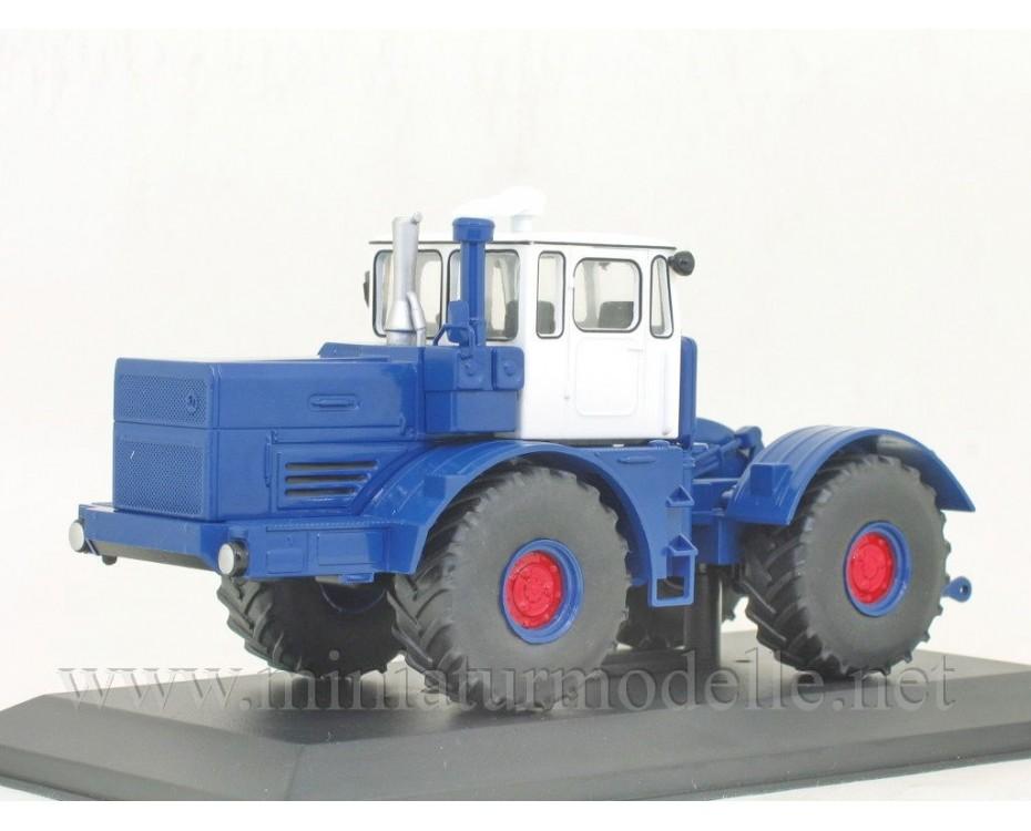 1:43 K 701 Kirowez Traktor mit Zeitschrift #97