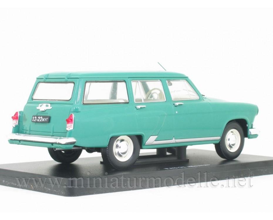 1:24 GAZ 22 Volga with magazine #22