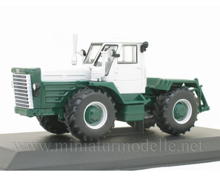 1:43 T 125 Traktor mit Zeitschrift #98