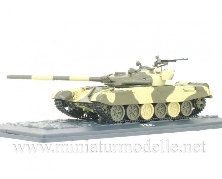1:43 T 72 A Soviet main battle tank with magazine #1