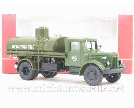 1:43 MAZ 200 Tanker truck AC 8 military