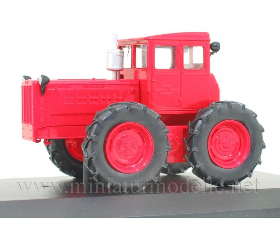 1:43 TK 4 Tractor with magazine #100