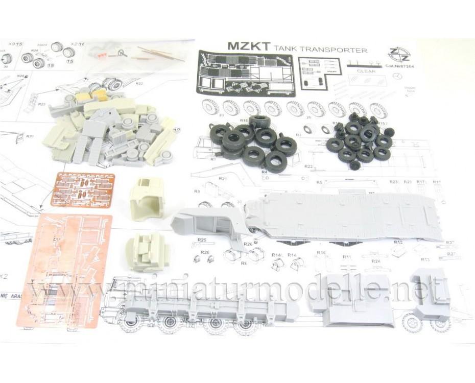 H0 1:87 MZKT 742952 Volat Schwerlastzugmaschine mit Panzertransporter MZKT 93783, Kleinserie Bausatz