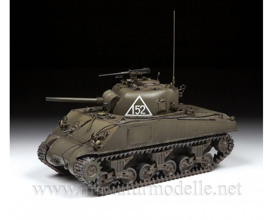 1:35 Sherman M4A2 medium tank, kit, 3702, Zvezda by www.miniaturmodelle.net