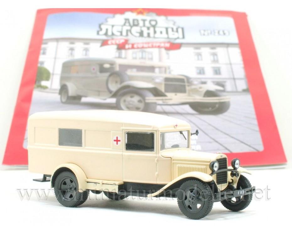 1:43 GAZ 55 Ambulance with magazine #249