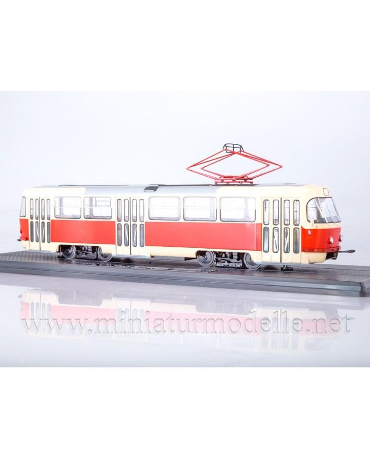 1:43 Tatra T3 tram