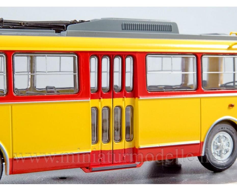 1:43 Skoda 9TR Trolleybus