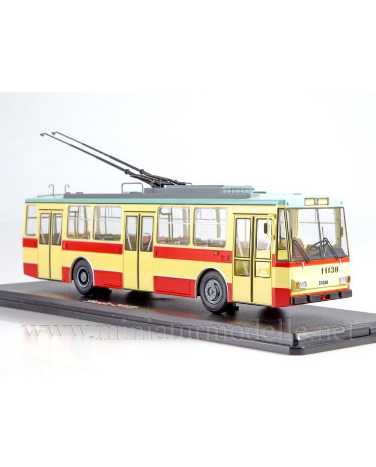 1:43 Skoda 14TR Trolleybus