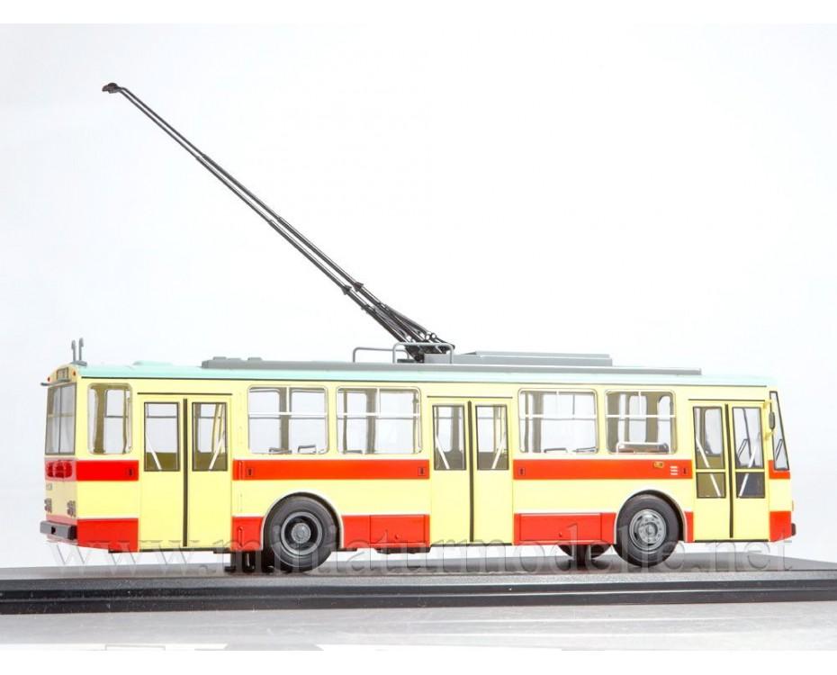 1:43 Skoda 14TR Trolleybus, SSM4042, Start Scale Models - SSM by www.miniaturmodelle.net