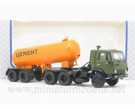 1:43 KAMAZ 54112 tractor unit with silo trailer TC-11