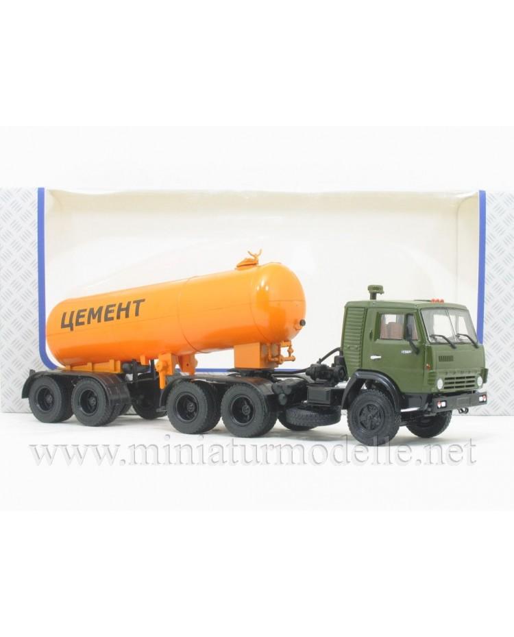 1:43 KAMAZ 54112 tractor unit with silo trailer TC-11