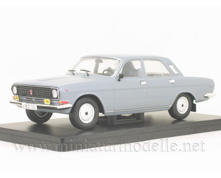 1:24 GAZ-24-10 Volga with magazine #34