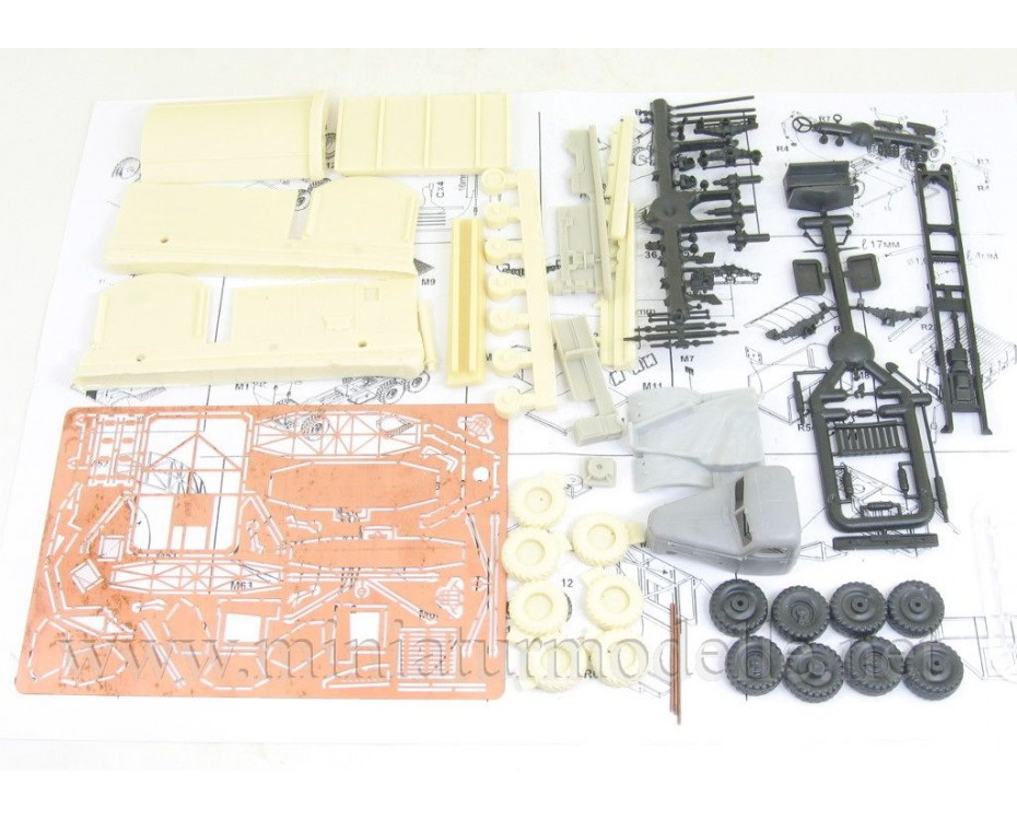 1:72 ZIL 157 with radar RSP-7, military, small batches model kit