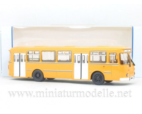 1:43 LIAZ 677 M bus
