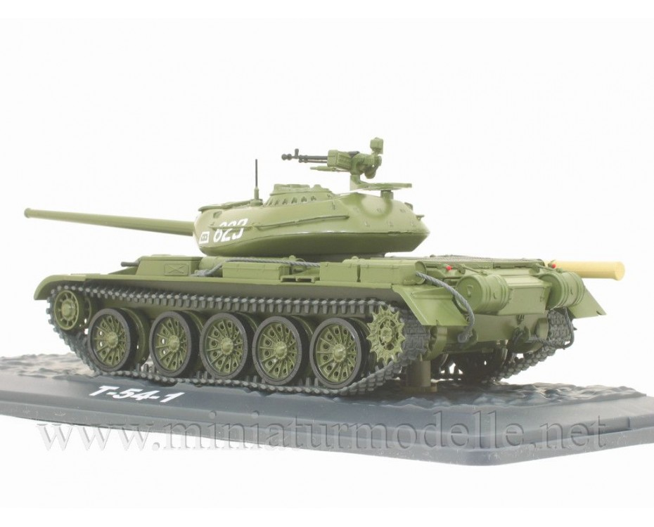 1:43 T-54-1 main battle tank with magazine #19, military