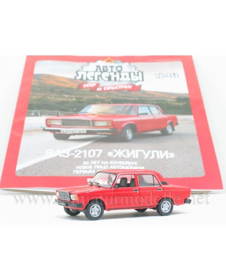 1:43 VAZ 2107 Lada with magazine #262