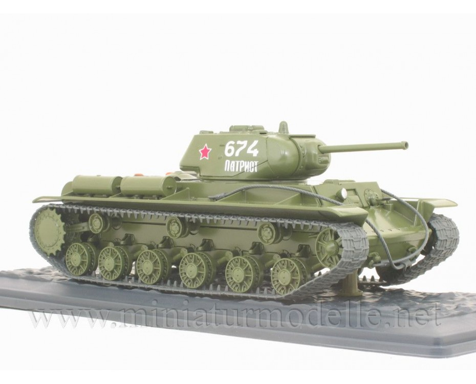 1:43 KV-1S Soviet heavy Kliment Voroshilov tanks with magazine #22