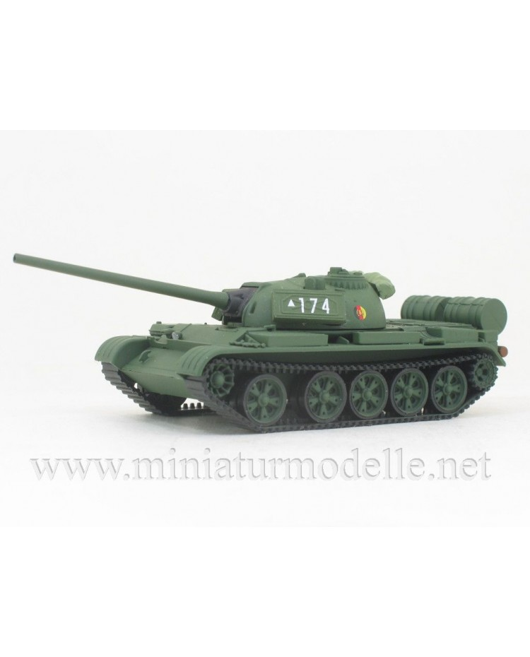 H0 1:87 T-54 Main battle tank NVA, military